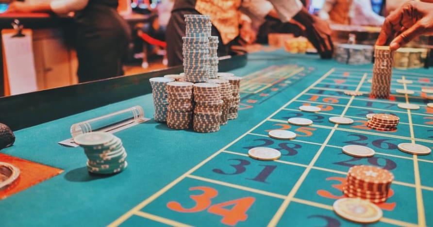 选择最有利可图的现场扑克桌指南