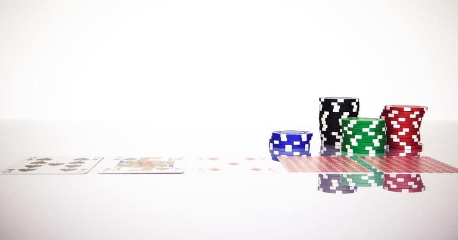 了解在线赌博中的 Blackjack Soft 17 规则