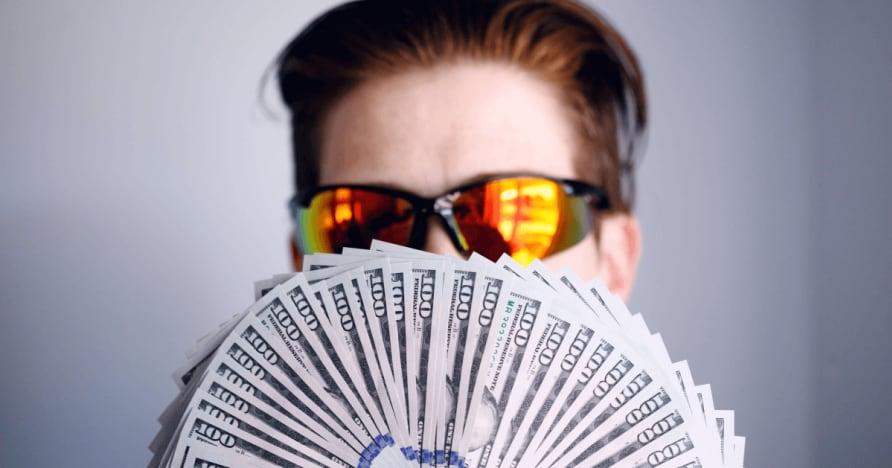 关于德州扑克